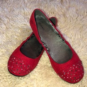 Style & Co Red Flats w/Decorative Design